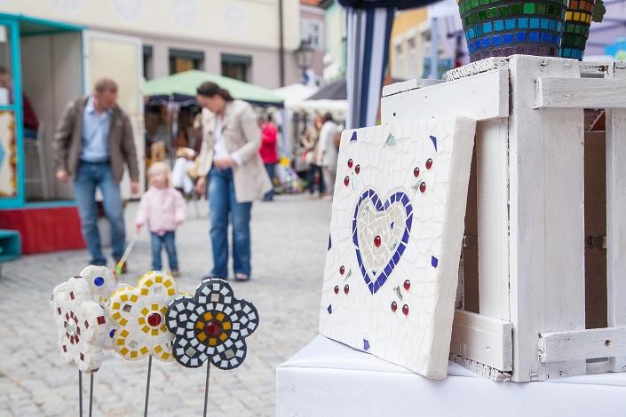 """5. Mai: ZimRelief bei """"Kunsthandwerk im Frühjahr"""" in Kaufbeuren"""