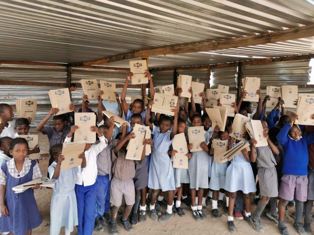 Grundschule Kaufbeuren-Oberbeuren unterstützt 2 Patenkinder in Simbabwe